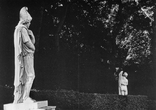 Barbarian prisoner and Callipygian Venus, Versailles (1966)